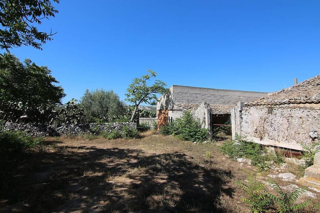 Terreno Agricolo in vendita a Noto, 9999 locali, prezzo € 200.000   CambioCasa.it
