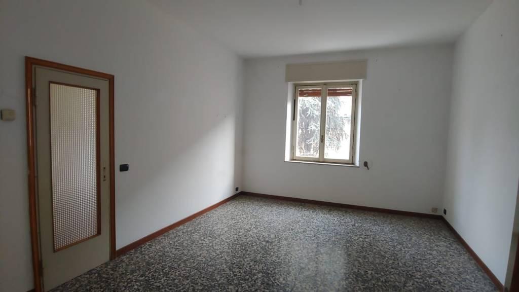 Appartamento in Vendita a Piacenza Centro: 4 locali, 125 mq