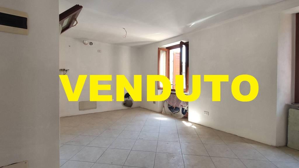 Appartamento in vendita a Nembro, 2 locali, prezzo € 40.000   PortaleAgenzieImmobiliari.it