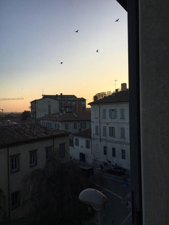 Appartamento in affitto a Pavia, 3 locali, prezzo € 1.120 | CambioCasa.it