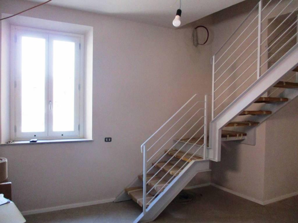Appartamento in Vendita a Pistoia Semicentro: 5 locali, 100 mq