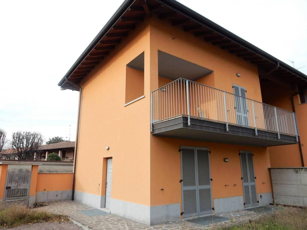 Villa in vendita a Cuggiono, 3 locali, prezzo € 290.000 | PortaleAgenzieImmobiliari.it
