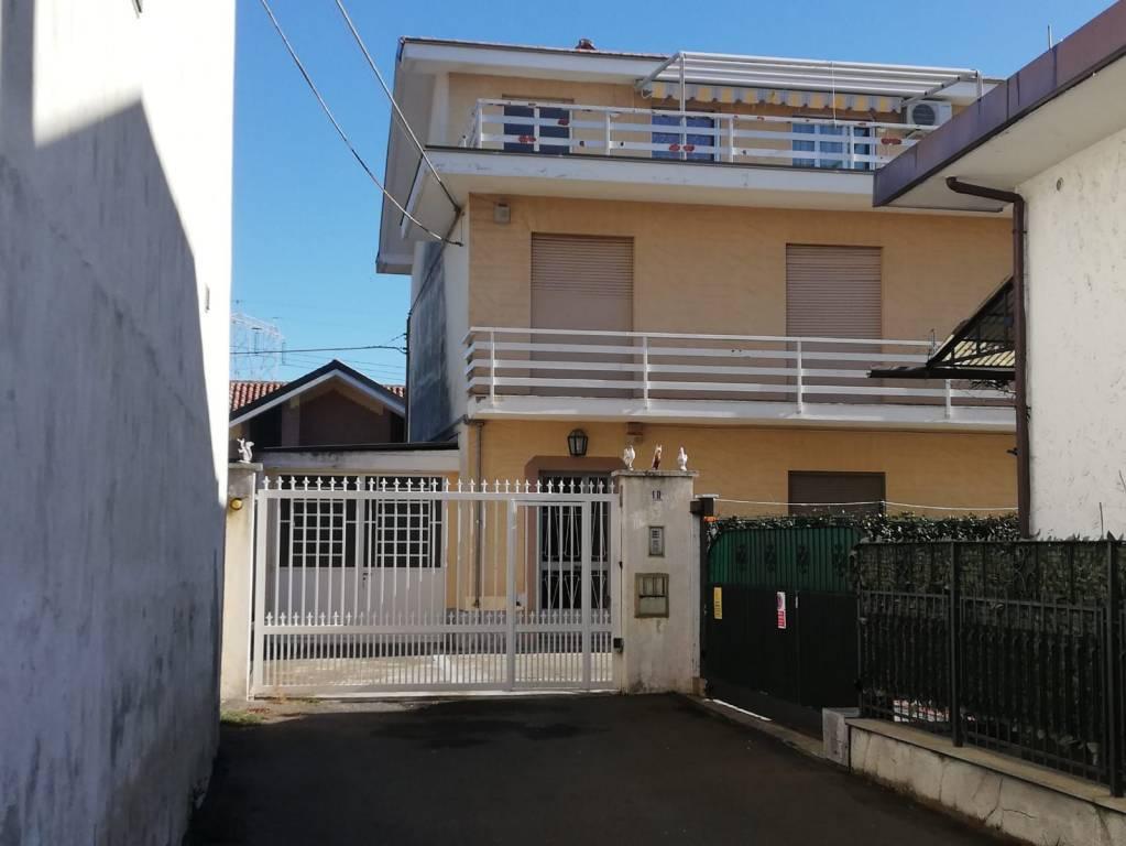 Appartamento in vendita a Pianezza, 3 locali, prezzo € 155.000 | PortaleAgenzieImmobiliari.it