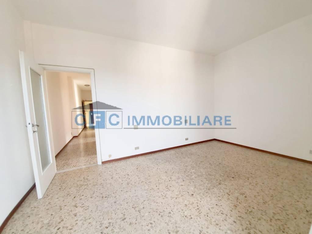 Appartamento in vendita a Pioltello, 2 locali, prezzo € 95.000 | CambioCasa.it