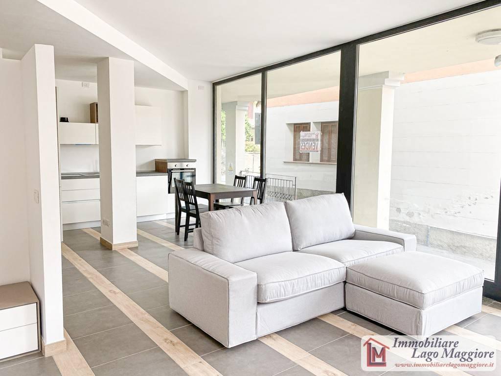 Loft / Openspace in vendita a Angera, 2 locali, prezzo € 99.000 | PortaleAgenzieImmobiliari.it