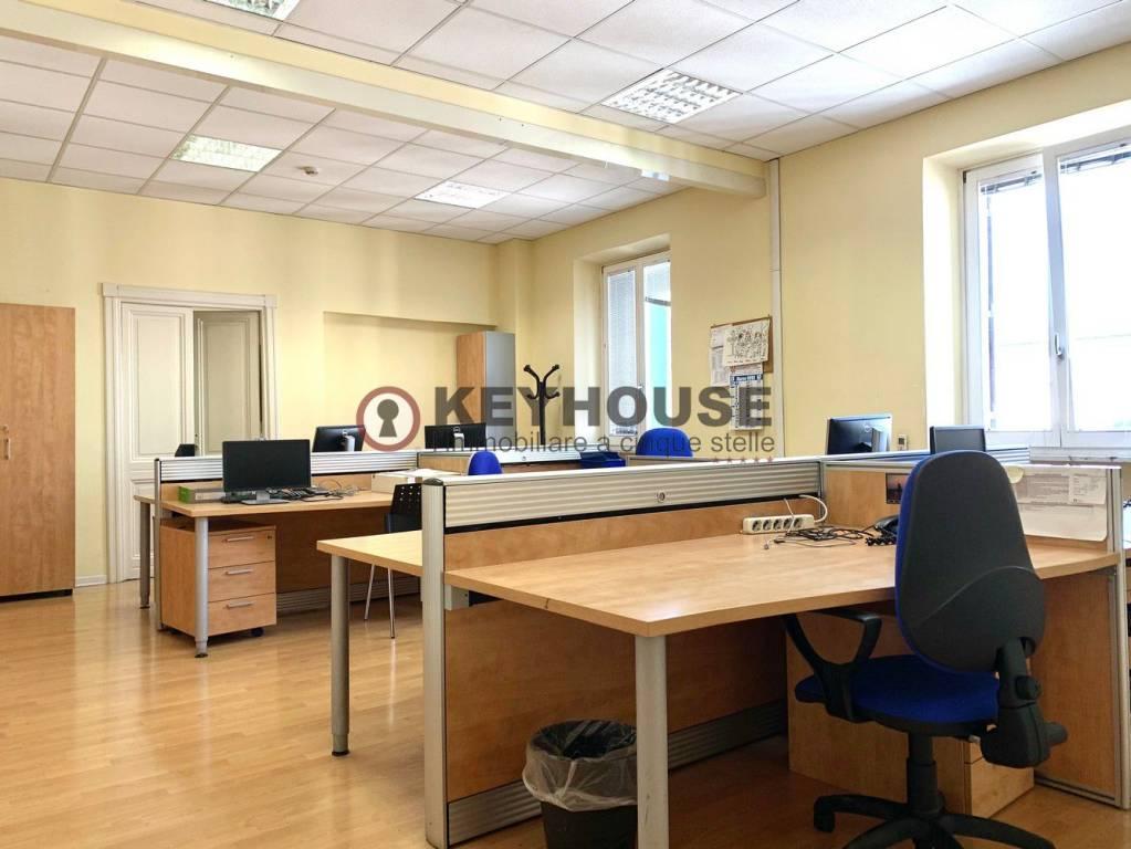 Ufficio / Studio in affitto a Roma, 6 locali, zona Zona: 7 . Esquilino, San Lorenzo, Termini, prezzo € 8.500 | CambioCasa.it