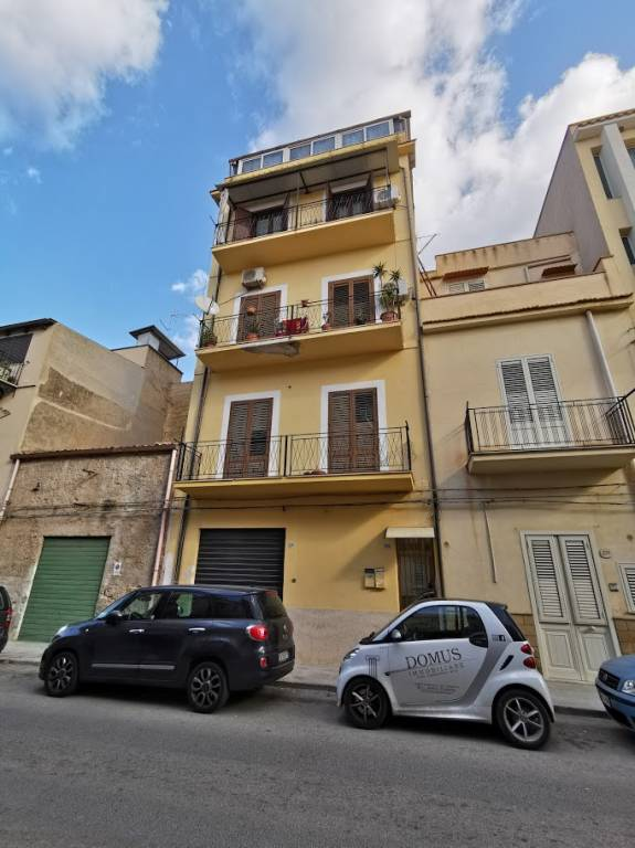 Appartamento in vendita a Cinisi, 3 locali, prezzo € 75.000   PortaleAgenzieImmobiliari.it