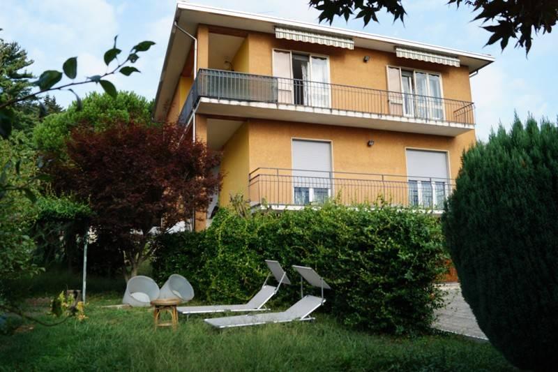 Villa in Vendita a Mercallo