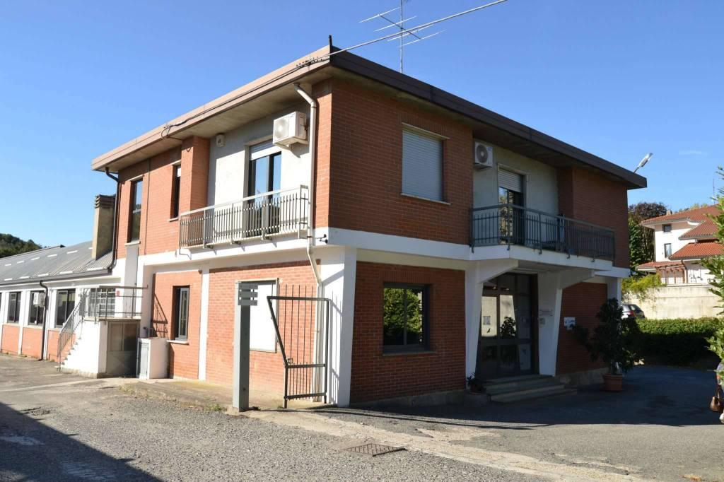 Capannone in vendita a Villarbasse, 9999 locali, Trattative riservate | CambioCasa.it
