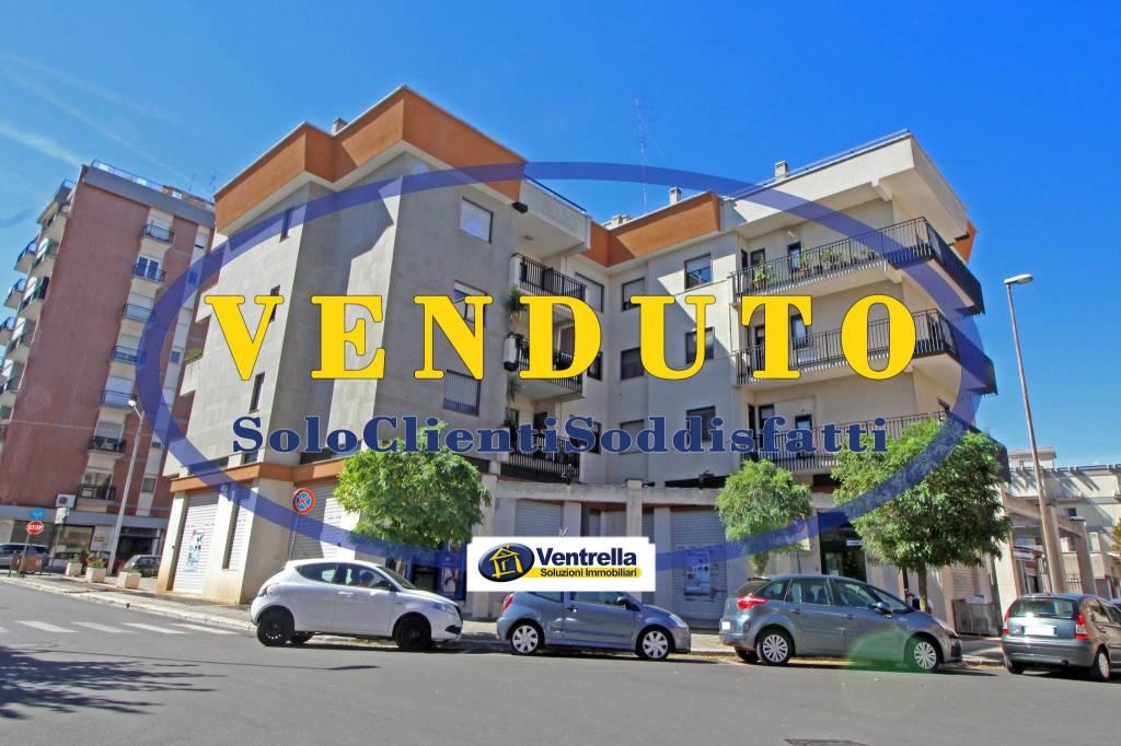 Appartamento in ottime condizioni in vendita Rif. 8019216