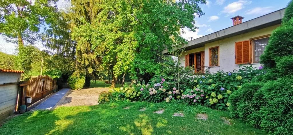 Villa in vendita a Caraglio, 4 locali, Trattative riservate | CambioCasa.it