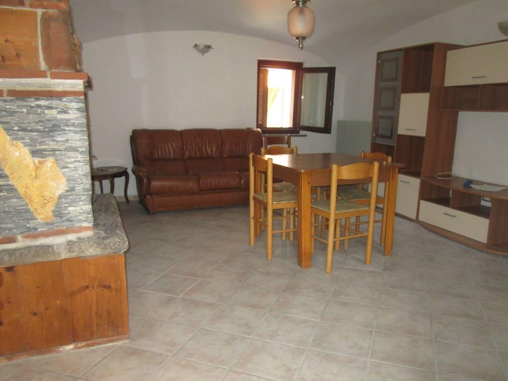 Appartamento in affitto a Roaschia, 2 locali, prezzo € 320 | PortaleAgenzieImmobiliari.it