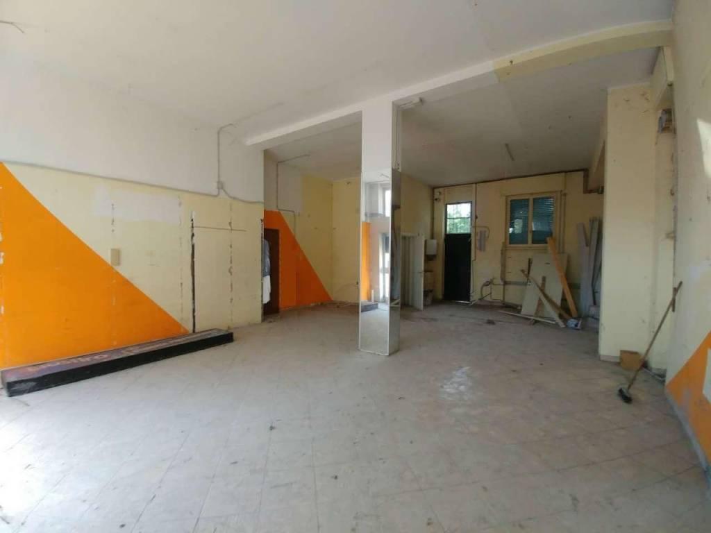 Negozio / Locale in vendita a Cernusco sul Naviglio, 1 locali, prezzo € 155.000 | CambioCasa.it