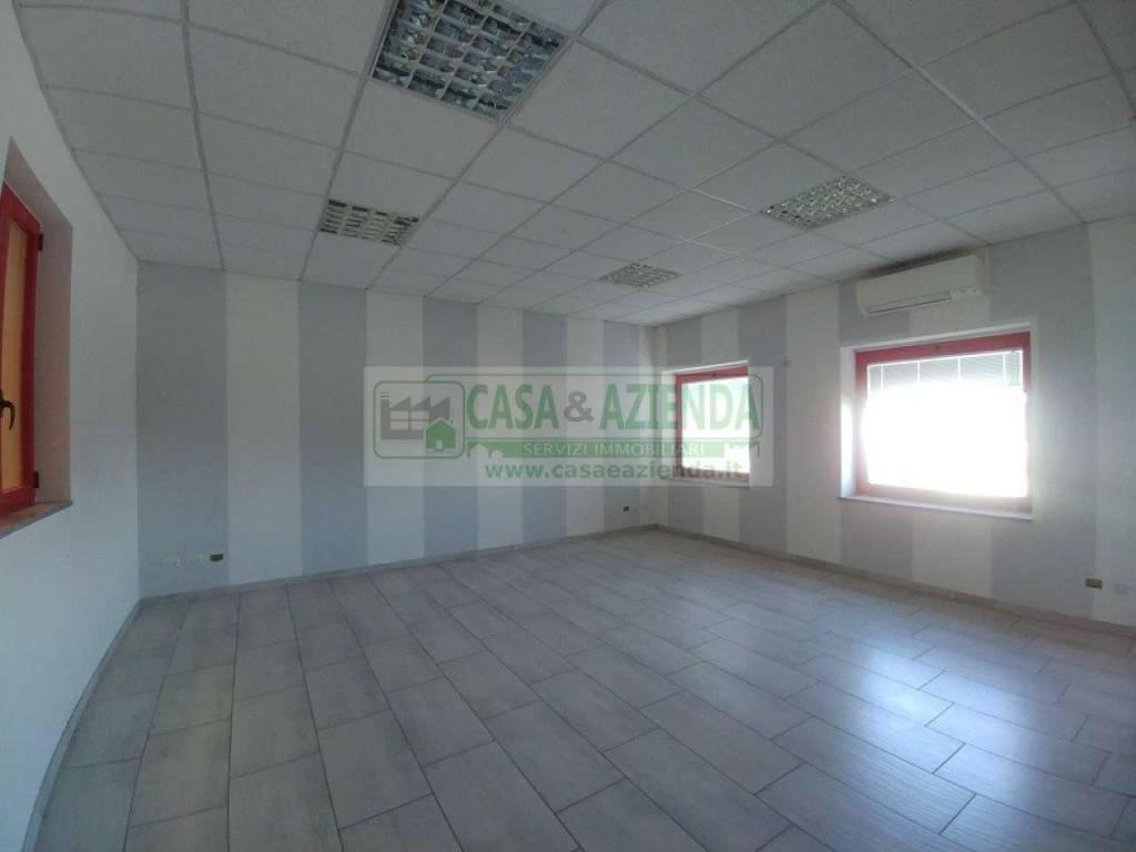 Capannone in affitto a Inzago, 3 locali, prezzo € 10.000 | CambioCasa.it