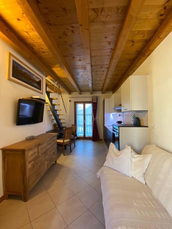 Appartamento in vendita a Prè-Saint-Didier, 3 locali, prezzo € 260.000 | CambioCasa.it