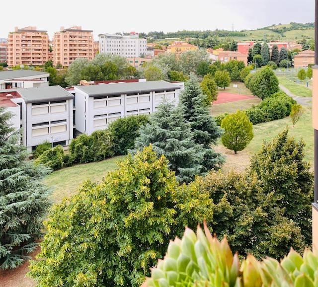 Appartamento in vendita a Casalecchio di Reno, 4 locali, prezzo € 358.000 | PortaleAgenzieImmobiliari.it