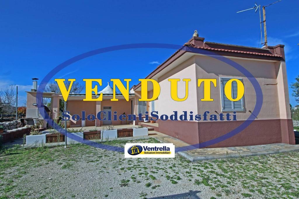 Villa in buone condizioni in vendita Rif. 8355372
