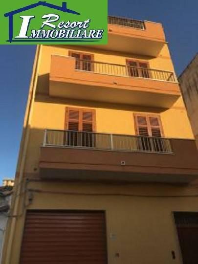 Appartamento in buone condizioni in vendita Rif. 7847461