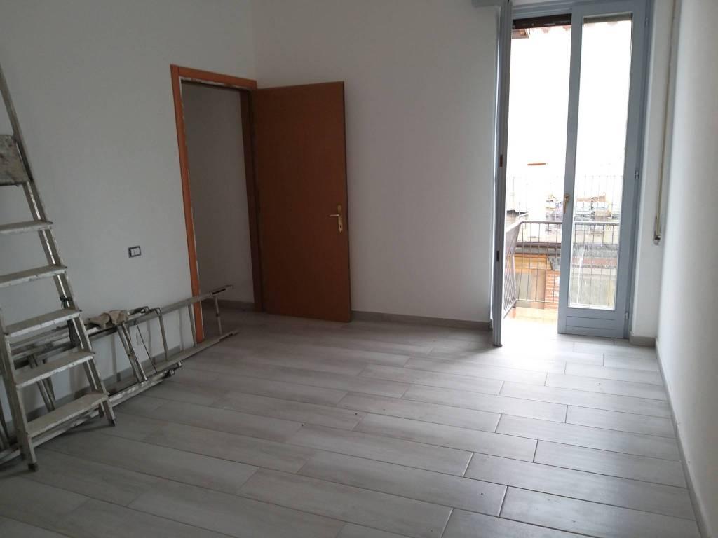 Appartamento in vendita a Olgiate Comasco, 2 locali, prezzo € 75.000   CambioCasa.it