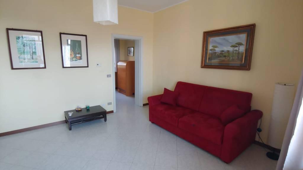 Appartamento in Affitto a Piacenza Semicentro: 2 locali, 73 mq