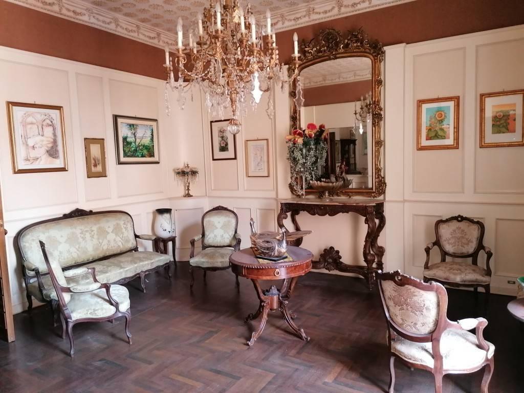 Appartamento in vendita a Taranto, 6 locali, prezzo € 235.000   PortaleAgenzieImmobiliari.it