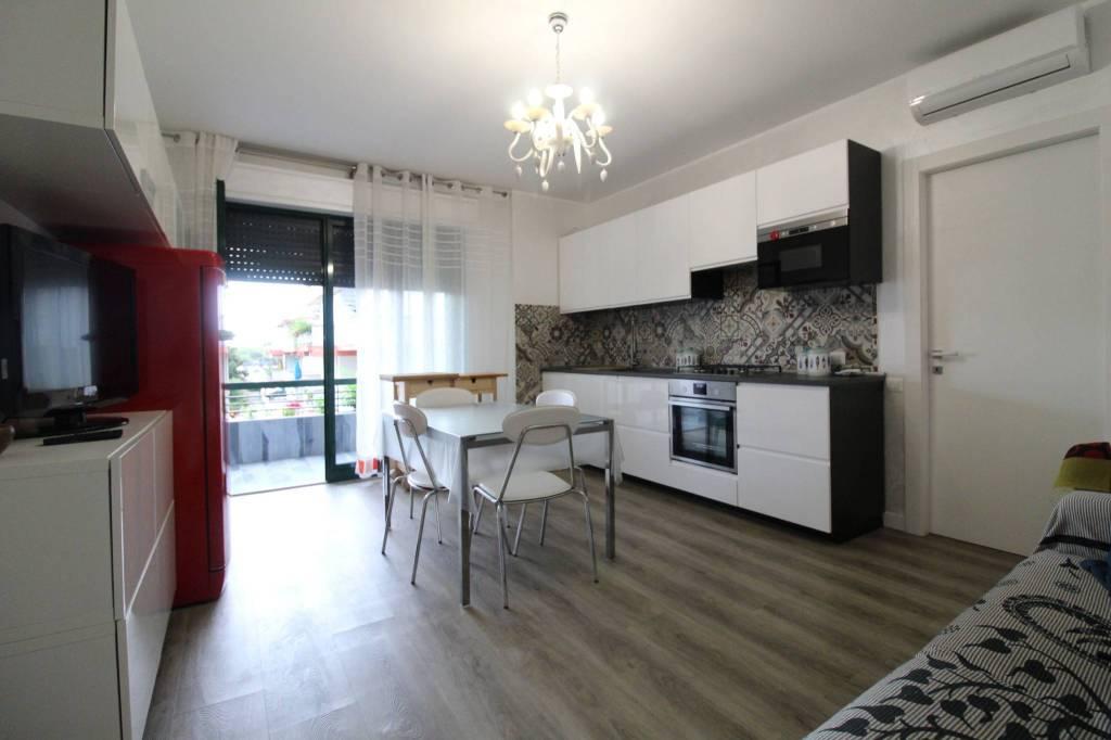 Appartamento in vendita a Tortoreto, 3 locali, prezzo € 123.000 | CambioCasa.it