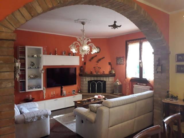 Villa a Schiera in vendita a Castelvetro di Modena, 6 locali, prezzo € 309.000   Cambio Casa.it
