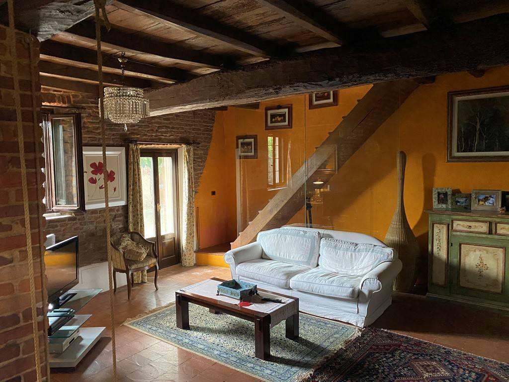 Rustico / Casale in vendita a Borgo San Siro, 6 locali, prezzo € 300.000 | PortaleAgenzieImmobiliari.it