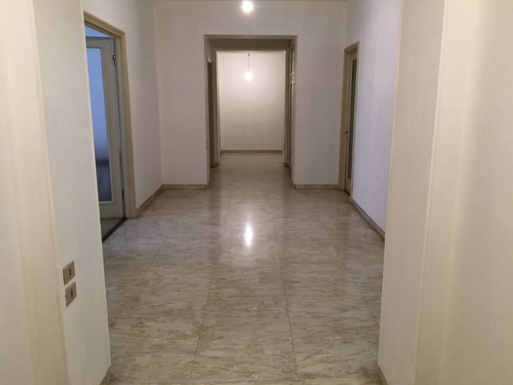 Appartamento in vendita a Nichelino, 9999 locali, prezzo € 138.000 | CambioCasa.it
