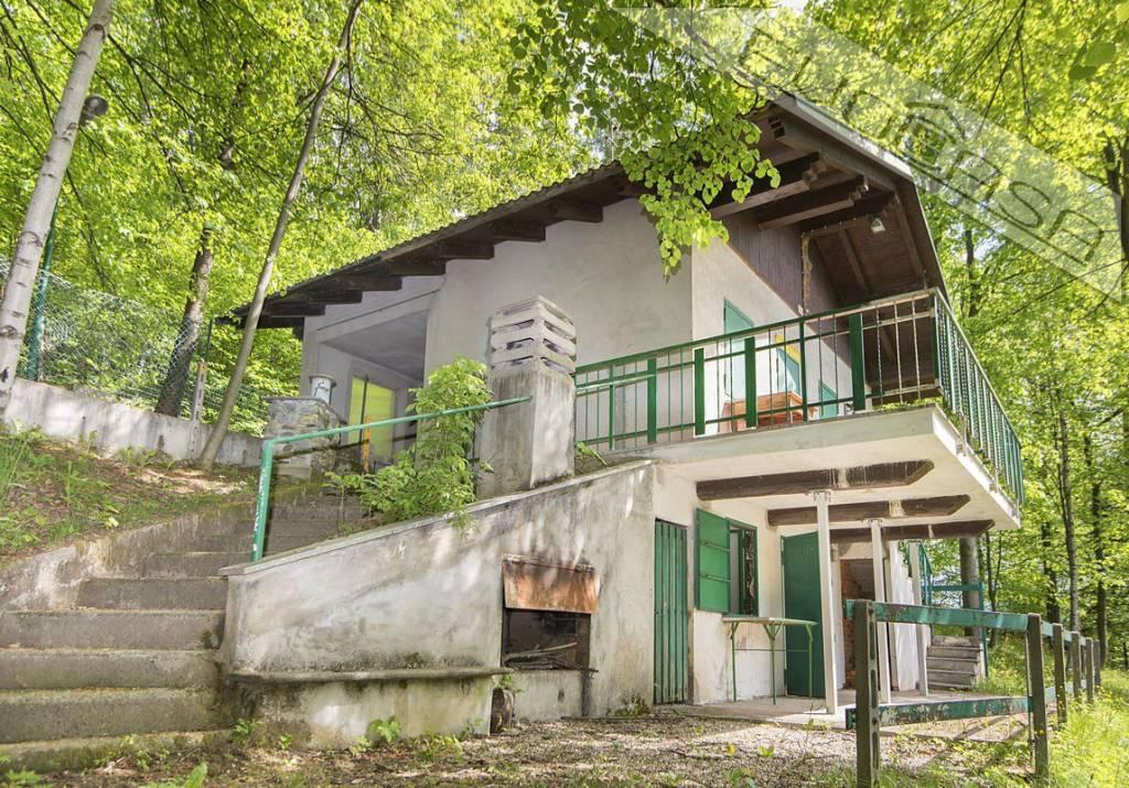 Foto 1 di Rustico / Casale Località Isuart, Angrogna