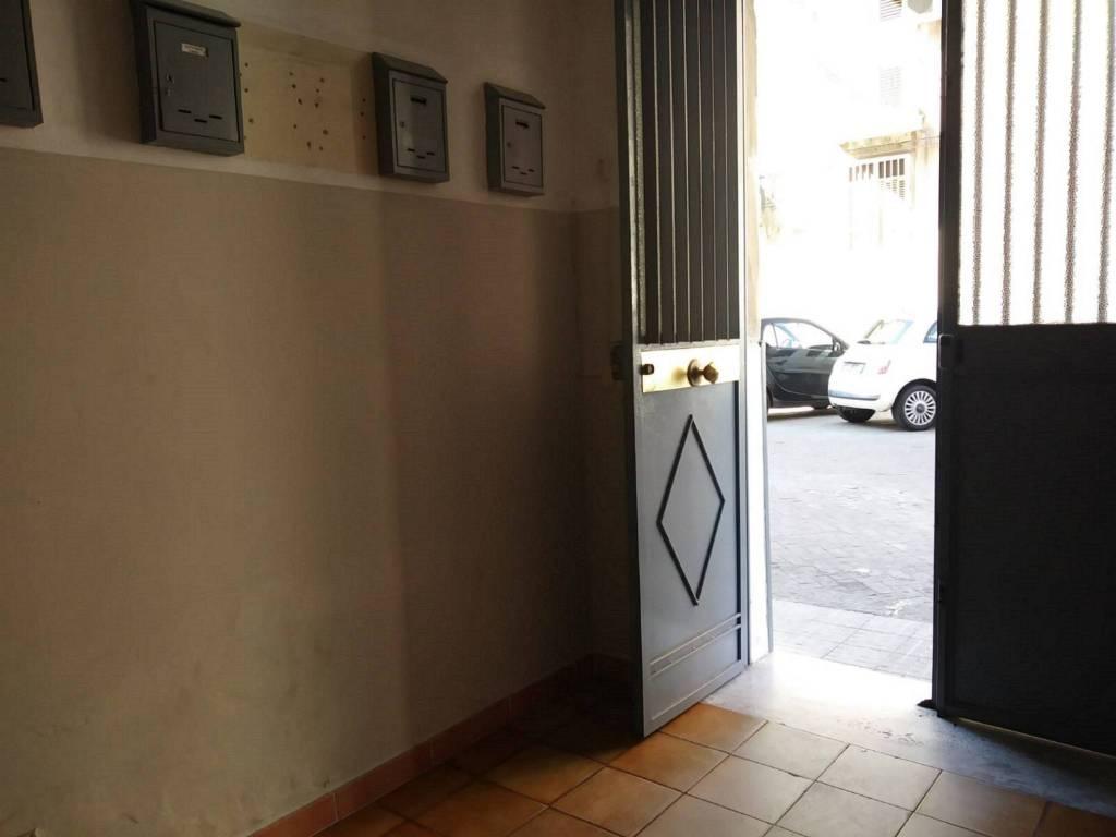 Appartamento in Vendita a Catania Centro:  4 locali, 85 mq  - Foto 1