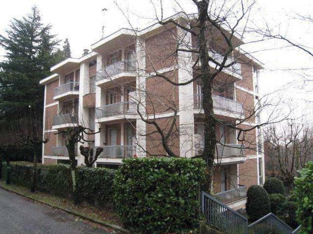 Appartamento in vendita a Varese, 4 locali, prezzo € 132.000 | CambioCasa.it