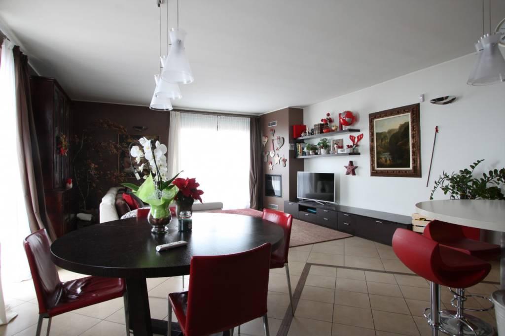 Attico / Mansarda in vendita a Fara Gera d'Adda, 4 locali, prezzo € 198.000 | CambioCasa.it