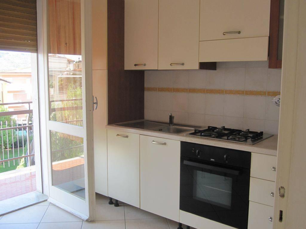Appartamento in vendita a Diano Marina, 2 locali, prezzo € 195.000 | CambioCasa.it