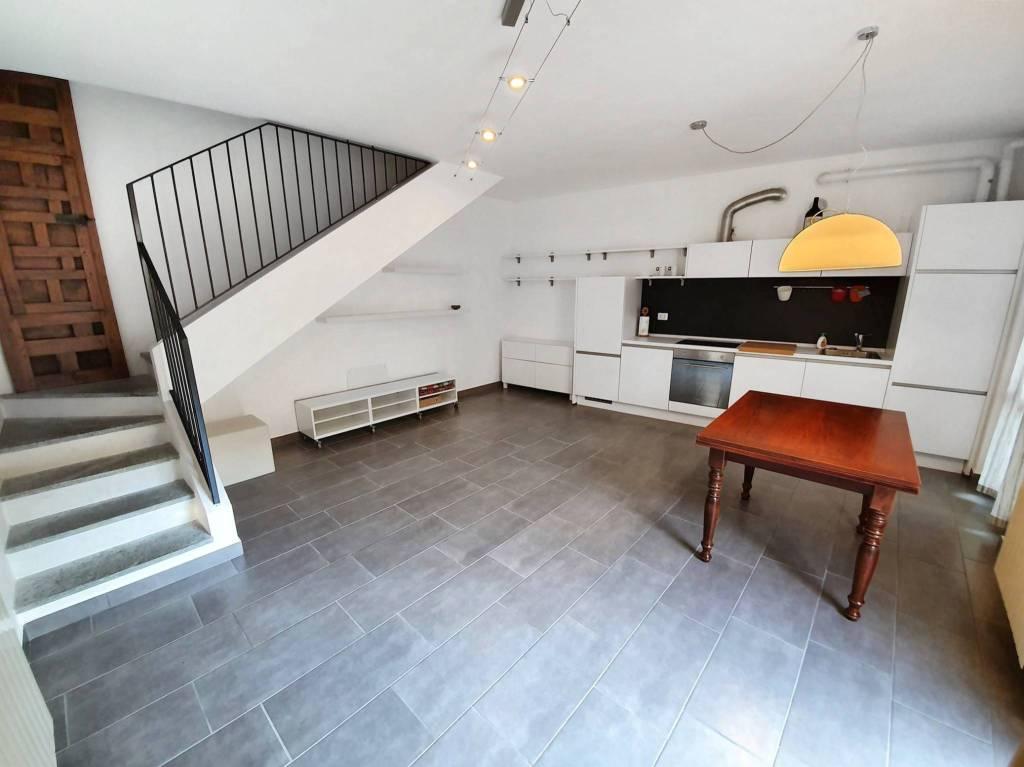 Appartamento in vendita a Turate, 2 locali, prezzo € 109.000   CambioCasa.it
