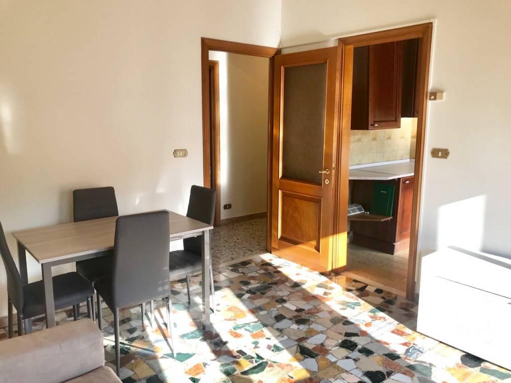 Appartamento in Affitto a Piacenza Semicentro: 3 locali, 88 mq