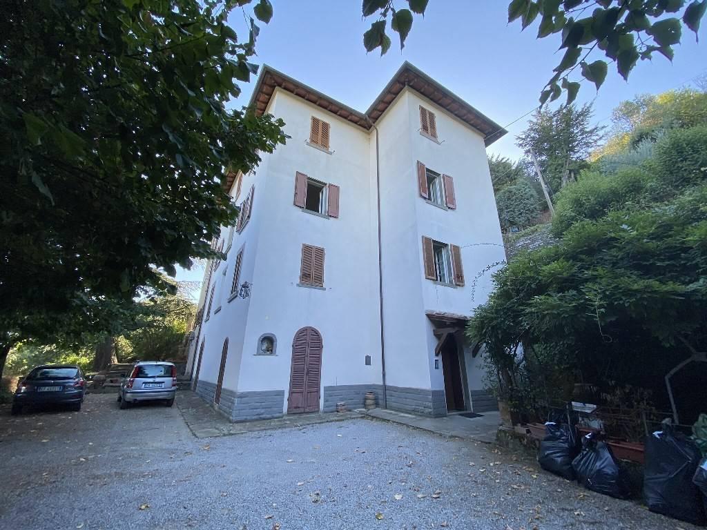 Appartamento in vendita a Cortona, 3 locali, prezzo € 130.000 | CambioCasa.it