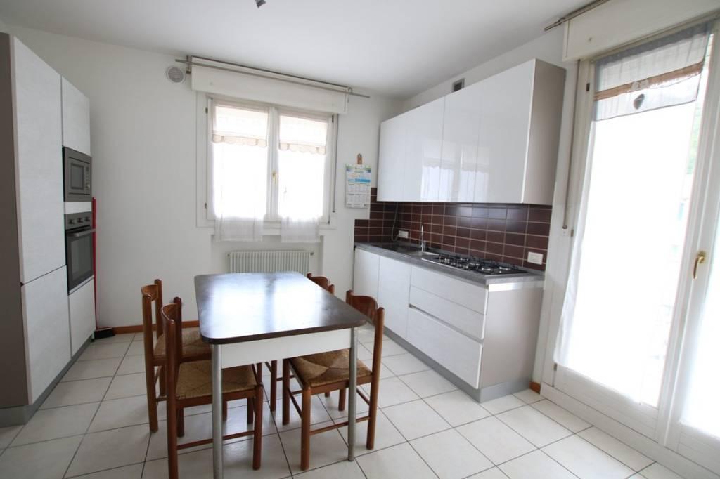 Appartamento in vendita a Arcugnano, 2 locali, prezzo € 79.000 | CambioCasa.it
