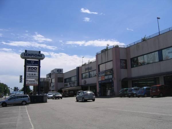 Negozio / Locale in affitto a Castelletto Sopra Ticino, 2 locali, prezzo € 900 | PortaleAgenzieImmobiliari.it