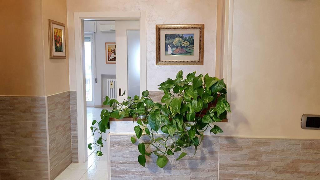 Appartamento in vendita a Triggiano, 3 locali, prezzo € 142.000 | CambioCasa.it