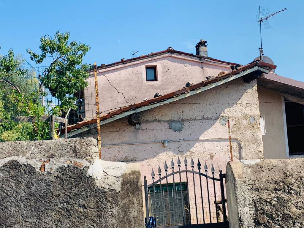 Rustico / Casale in vendita a Provaglio d'Iseo, 9999 locali, prezzo € 67.000 | PortaleAgenzieImmobiliari.it