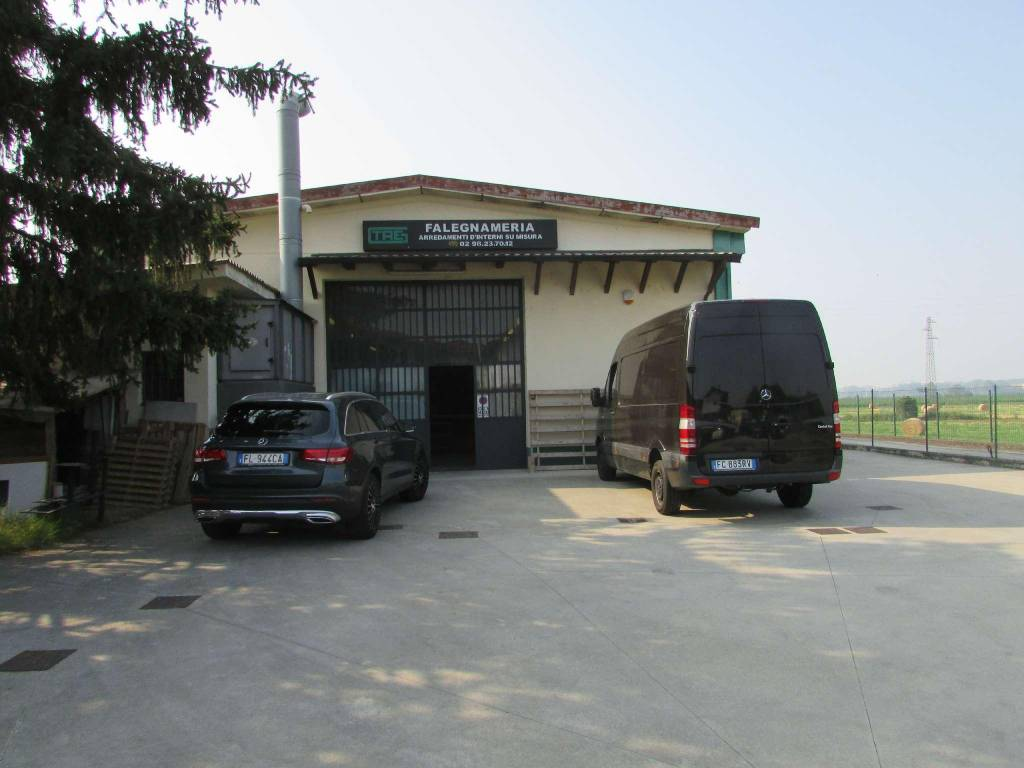 Capannone in affitto a Colturano, 9999 locali, prezzo € 2.000 | CambioCasa.it