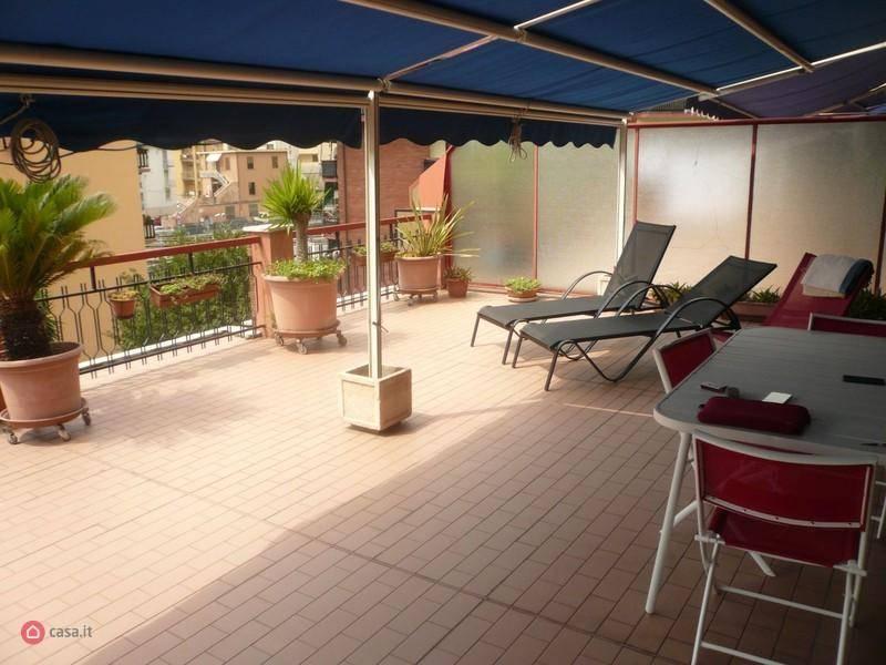 Appartamento in vendita a Varazze, 3 locali, prezzo € 320.000 | CambioCasa.it