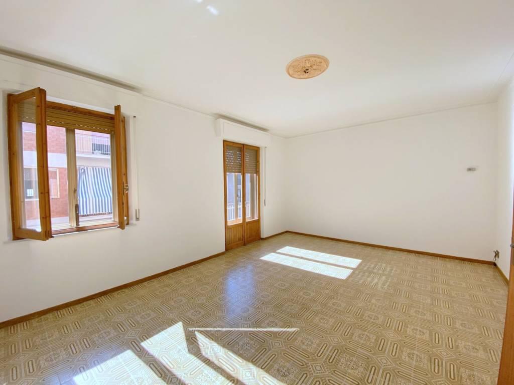 Appartamento in Vendita a Chiusi Centro: 5 locali, 130 mq