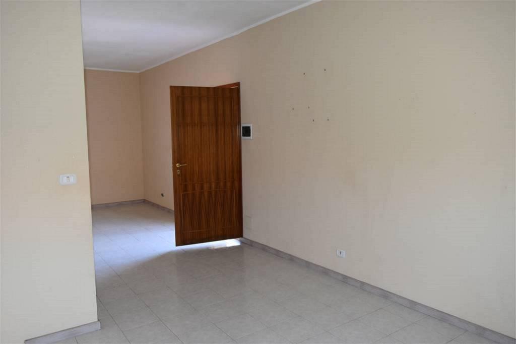 Appartamento in Vendita a San Pietro Clarenza Centro: 4 locali, 119 mq