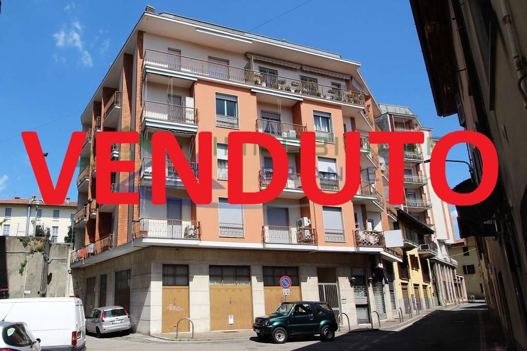 Appartamento in vendita a Somma Lombardo, 3 locali, prezzo € 79.000   CambioCasa.it