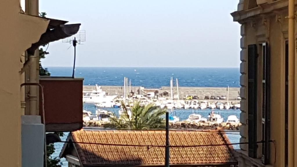 Appartamento in affitto a SanRemo, 3 locali, prezzo € 800 | CambioCasa.it