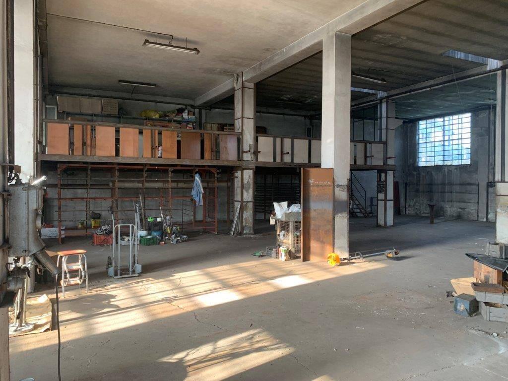 Capannone in vendita a Bareggio, 1 locali, prezzo € 195.000   PortaleAgenzieImmobiliari.it