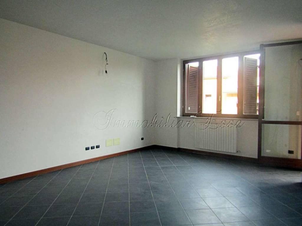 Appartamento in vendita a Peschiera Borromeo, 2 locali, prezzo € 155.000   CambioCasa.it