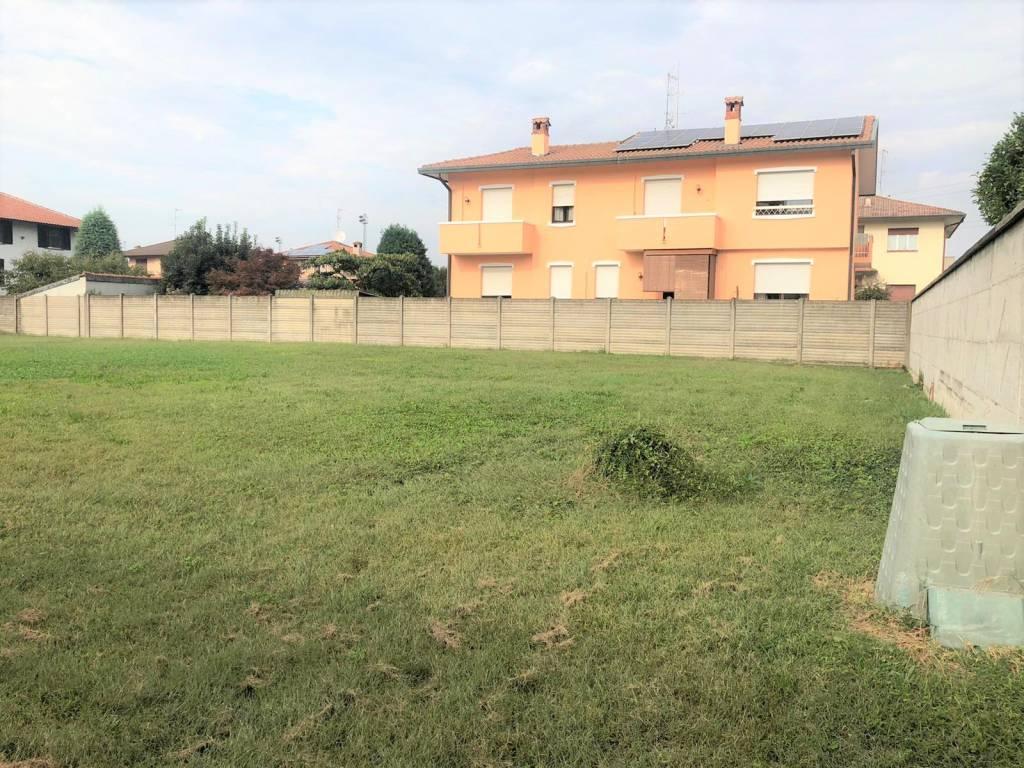 Terreno Edificabile Residenziale in vendita a Cerro Maggiore, 9999 locali, prezzo € 245.000 | CambioCasa.it